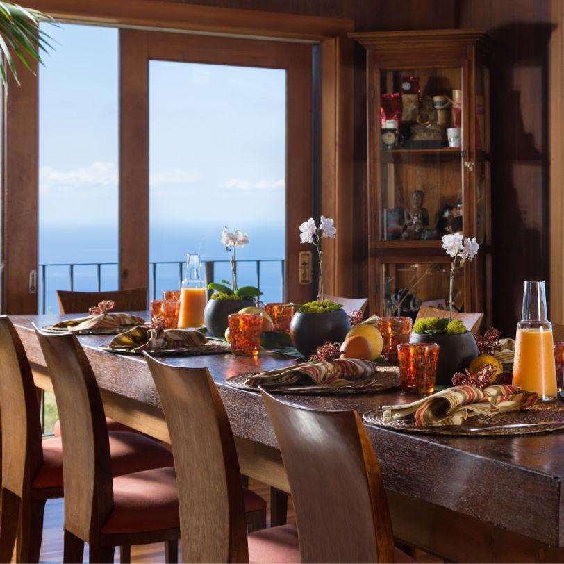 Breakfast Table in Hawaii B&B