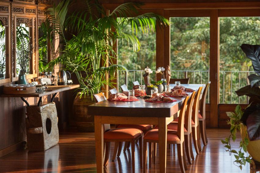 PAII and AHLA - Holualoa Inn Breakfast