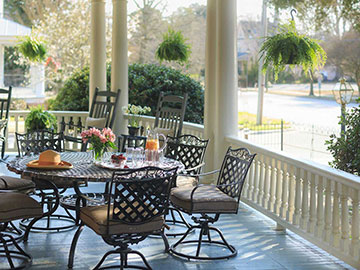 Back patio at Inner Banks Inn