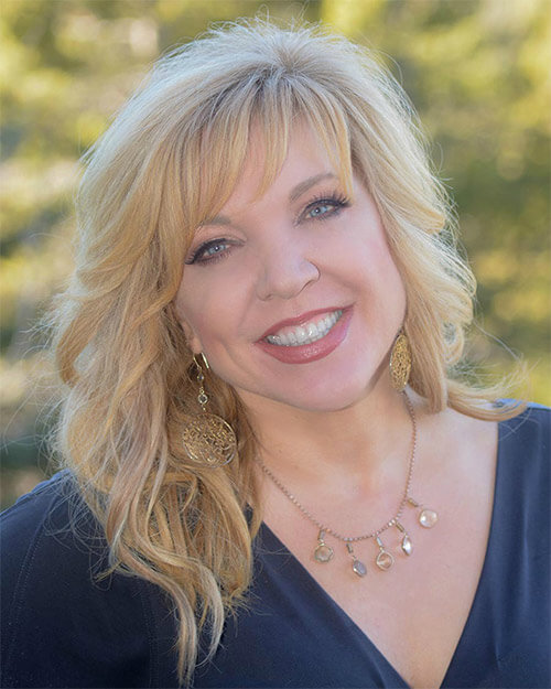 Allison Crumpton - founder of White Stone Marketing and expert in hotel marketing