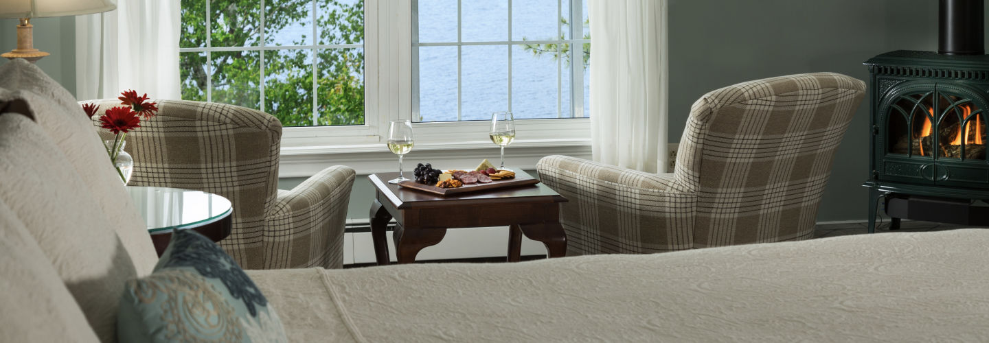Maine Bed and Breakfast - lake Views