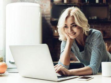 Women at desk working