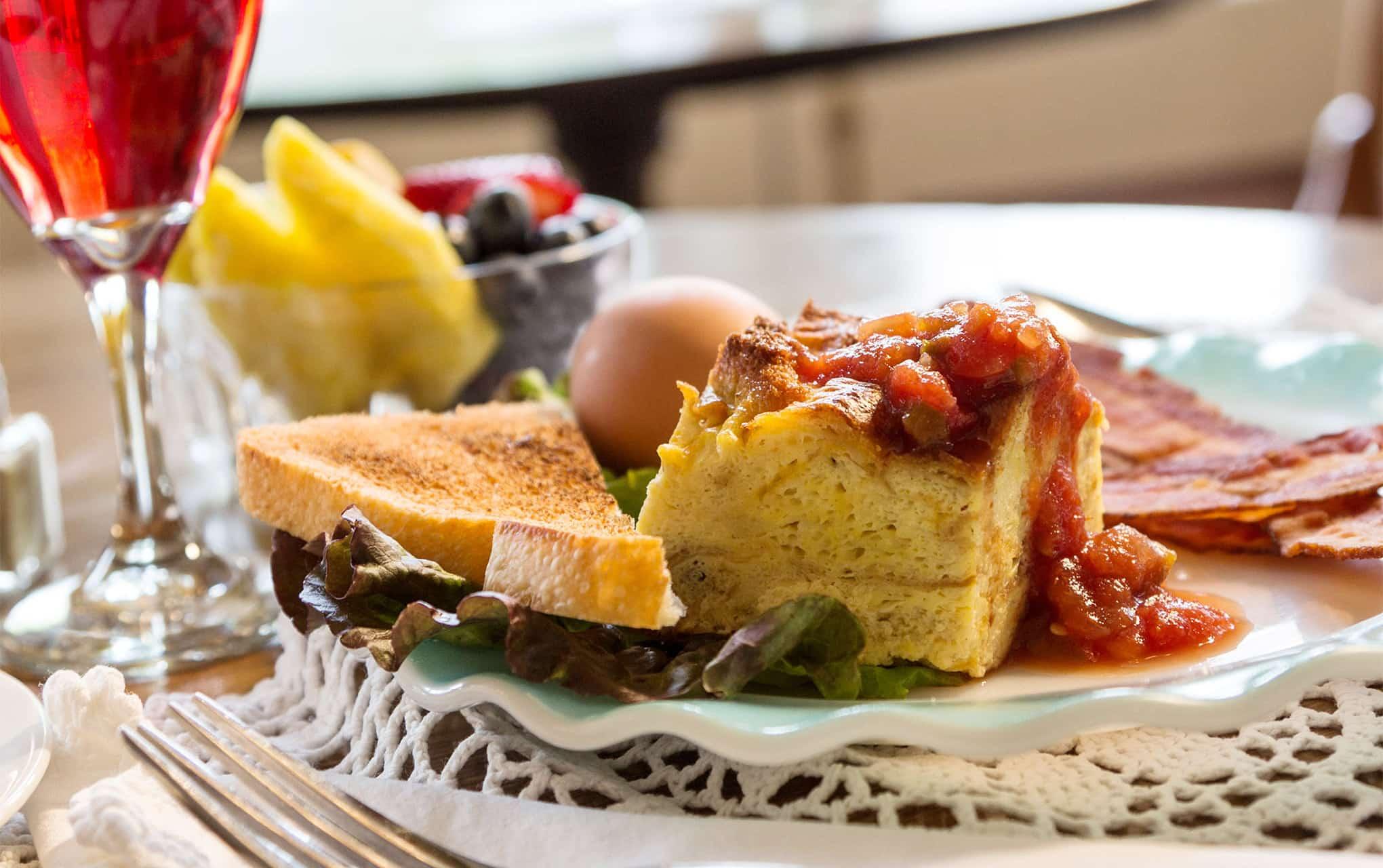 Breakfast at Washington House Inn