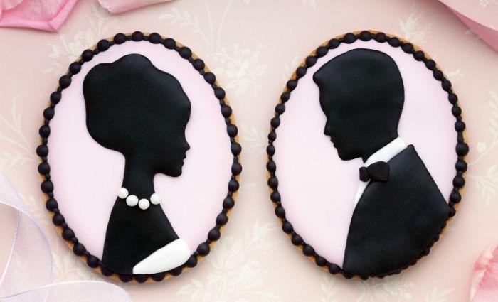 vintage wedding cookies bride and groom