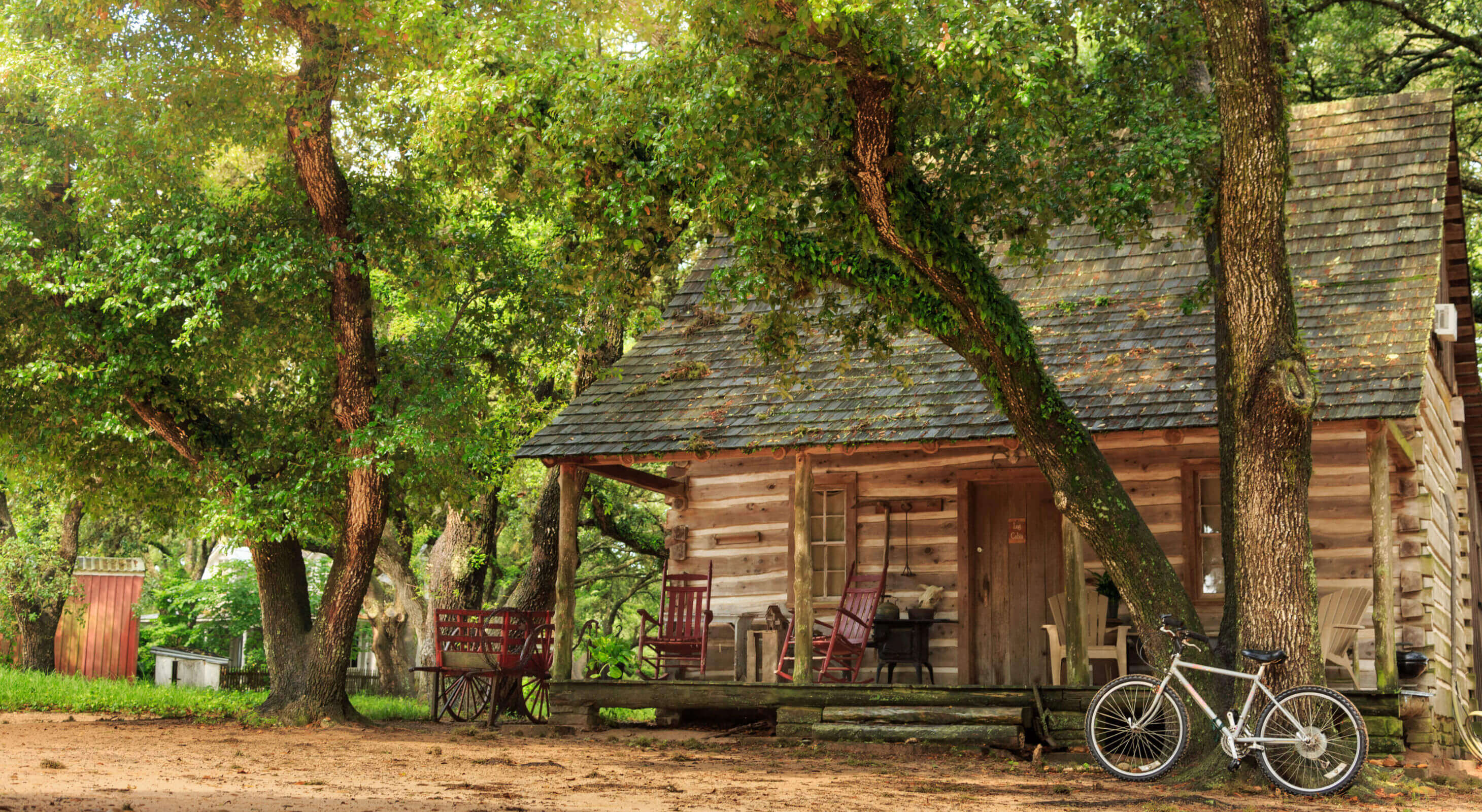 rustic cabin at Texas bed and breakfast ranch