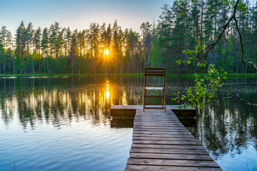 Staycation for a Resort - Beautiful Mountain Lake with a Dock